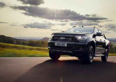 Ford-Ranger-Limited-Black-1
