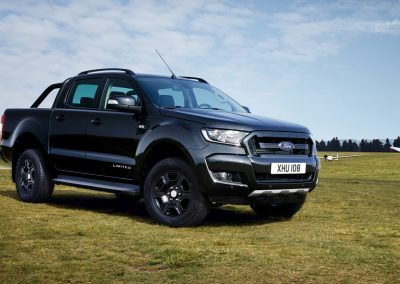Ford-Ranger-Limited-Black-4