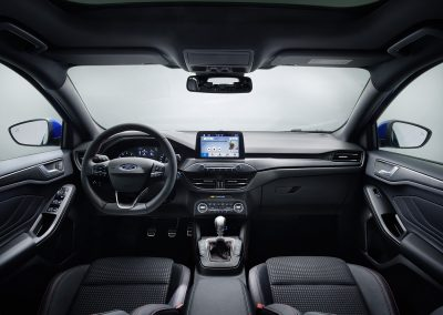 FORD_2018_FOCUS_ST-LINE_STUDIO_17